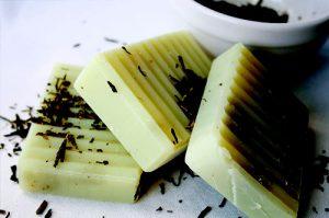 Kratom-soap